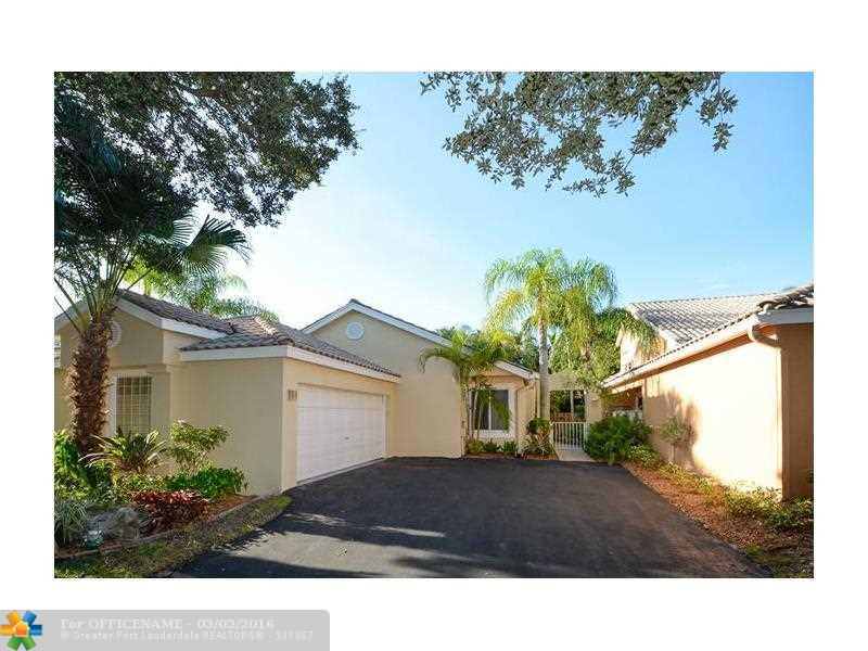 10116 NW 4th St, Fort Lauderdale, FL