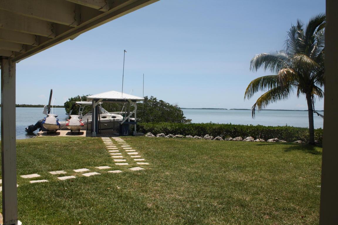 281 W Indies Drive, Ramrod Key, FL 33042