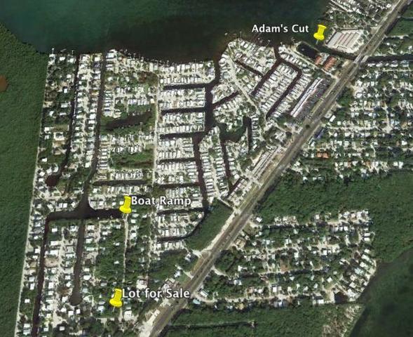 667 N Lake Dr, Key Largo, FL 33037