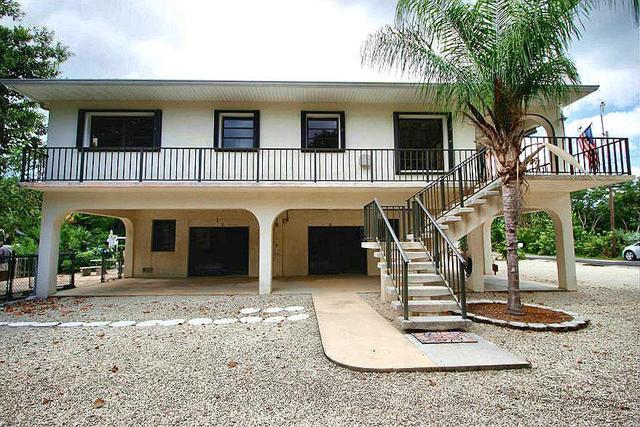 3737 Poinciana St, Big Pine Key, FL 33043