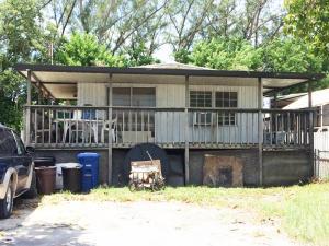 228 Buttonwood Ave, Key Largo, FL 33037