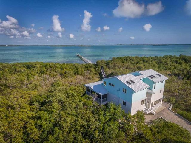 1525 Niles Rd, Summerland Key, FL 33042