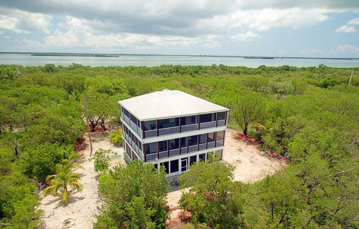 1388 Niles Road, Summerland Key, FL 33042