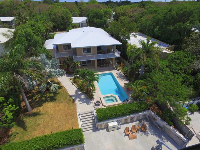 40 Bass Ave, Key Largo, FL 33037