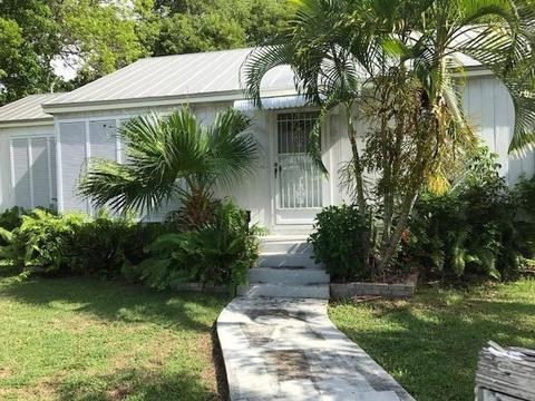 3727 Flagler AveKey West, FL 33040