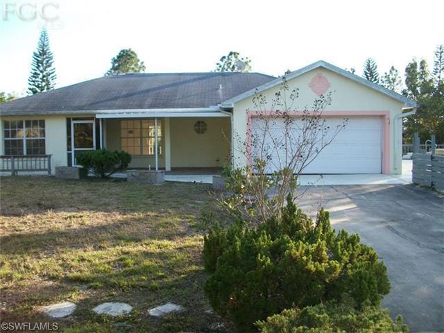 5753 Little House Ln, Bokeelia, FL