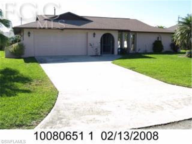 3902 SE 2nd Ave, Cape Coral, FL 33904