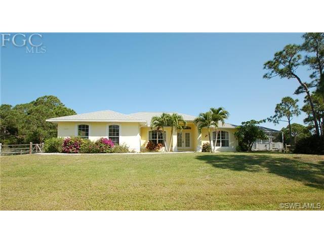 5262 Sitka Dr, Saint James City FL 33956