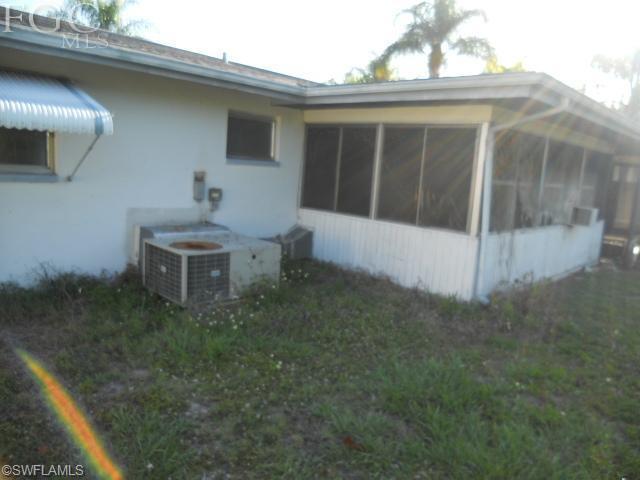 1408 SE 14th Ter, Cape Coral FL 33990