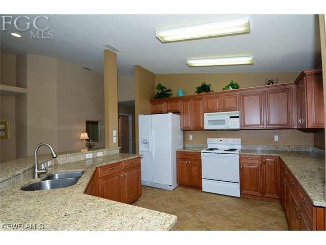 8490 Southbridge Drive #2, Fort Myers, FL 33967