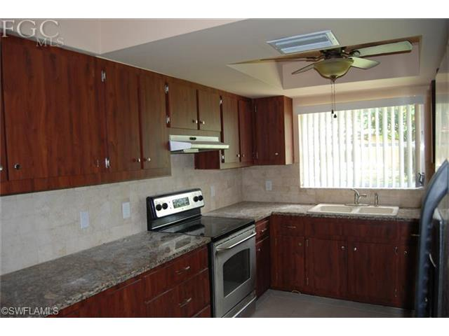 2003 SE 9th Ter, Cape Coral FL 33990