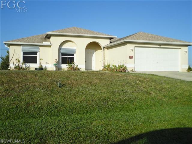 708 NE 1st Ave, Cape Coral, FL 33909