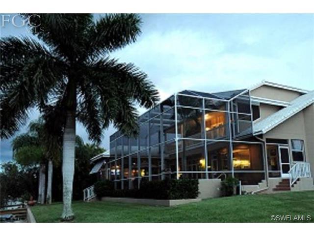 5420 Harborage Dr, Fort Myers FL 33908