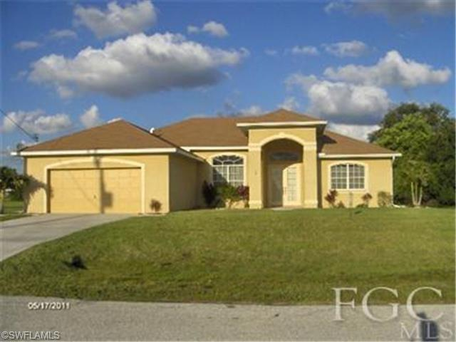 341 SW 30th Ave, Cape Coral, FL 33991
