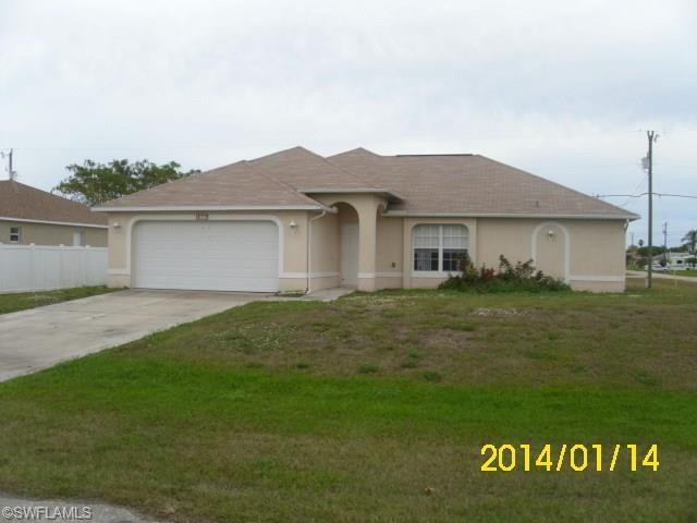 617 SW 11th St, Cape Coral FL 33991