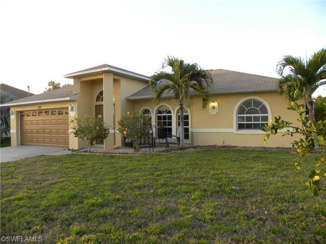 2101 SW 15th St, Cape Coral, FL 33991