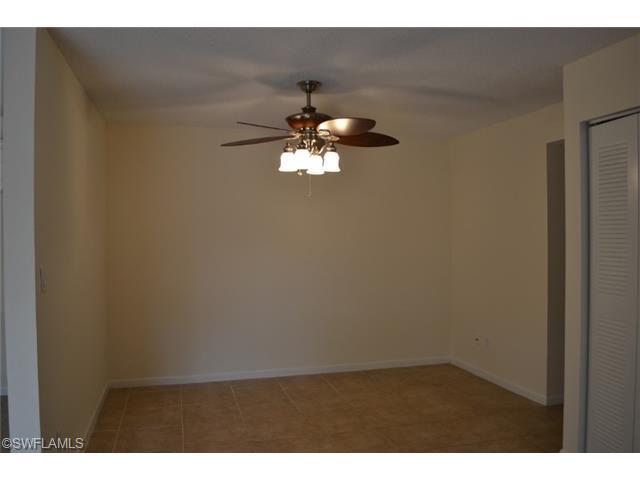 5540 Woodrose Ct #APT 3, Fort Myers FL 33907
