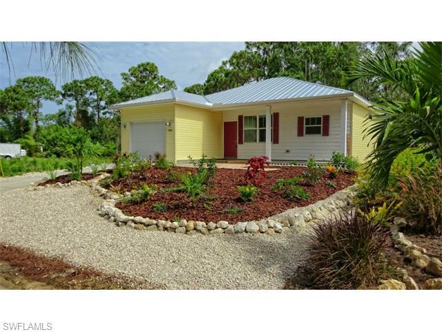 7292 Hibiscus Ave, Bokeelia, FL