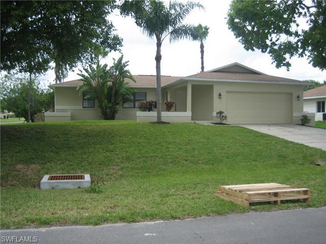 1726 SW 10th Ave, Cape Coral, FL 33991