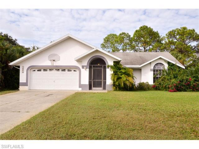 411 Clayton Ave, Lehigh Acres, FL