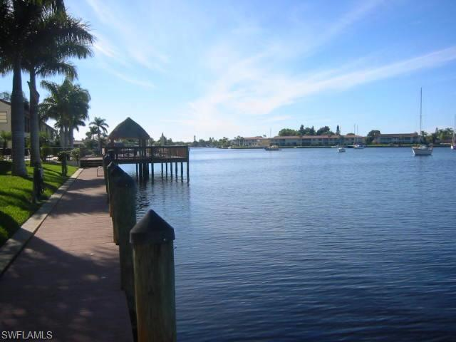 5109 Sunnybrook Ct #APT 8, Cape Coral, FL