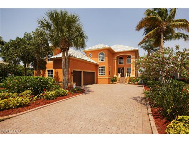 5550 Harborage Dr, Fort Myers, FL
