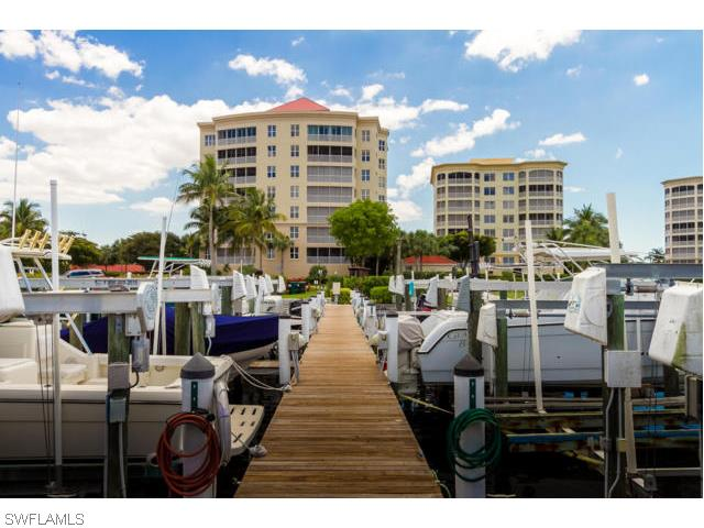 15120 Harbour Isle Dr 301, Fort Myers, FL