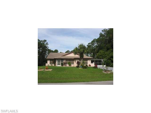 819 Richmond Ave, Lehigh Acres, FL