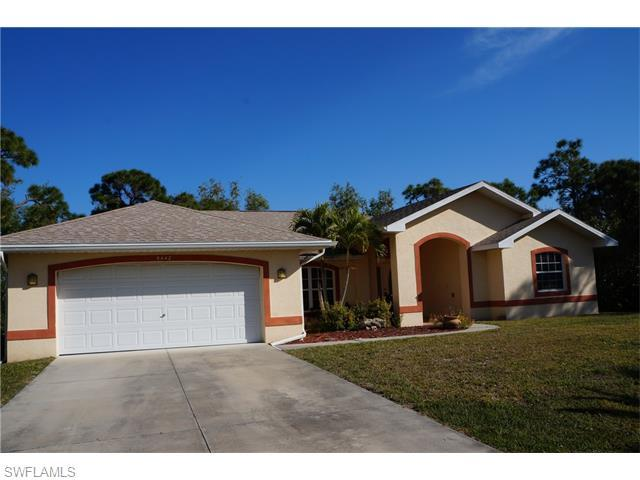 9442 Treasure Lake Ct, Saint James City, FL
