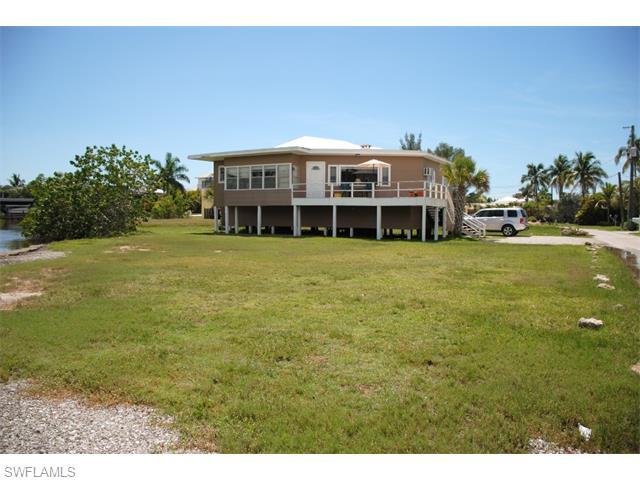 390 Seminole Way, Fort Myers Beach, FL