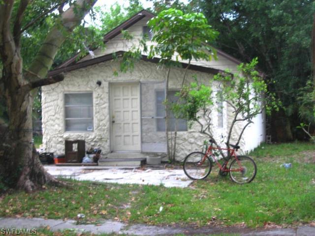 324 Buena Vista Blvd, Fort Myers, FL