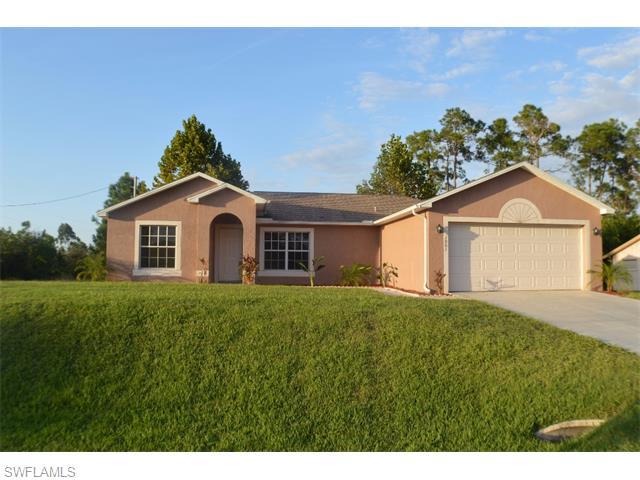 1001 E 7th St, Lehigh Acres, FL