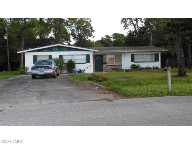 1220 Pondella Cir, North Fort Myers, FL