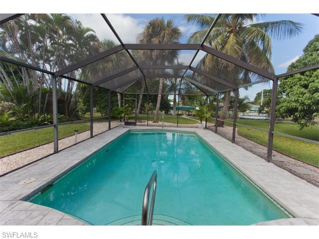 5334 Nautilus Dr, Cape Coral, FL