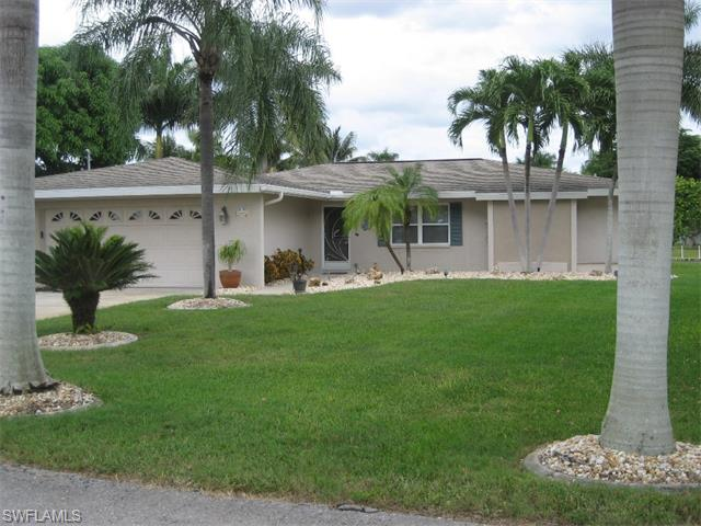 5241 Seminole Ct, Cape Coral, FL