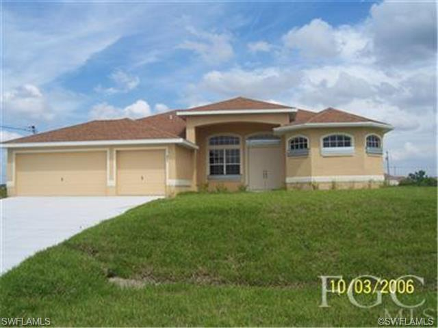 405 NW 8th Ter, Cape Coral, FL