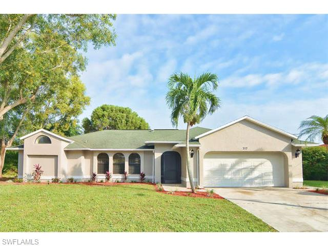 717 SW 39th Ter, Cape Coral, FL