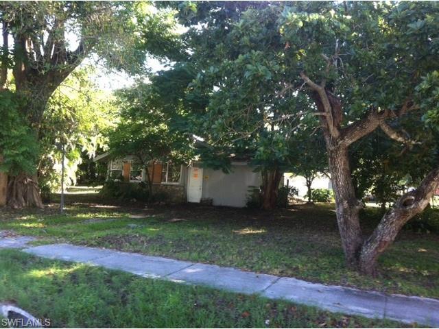 2569 Jackson St, Fort Myers, FL