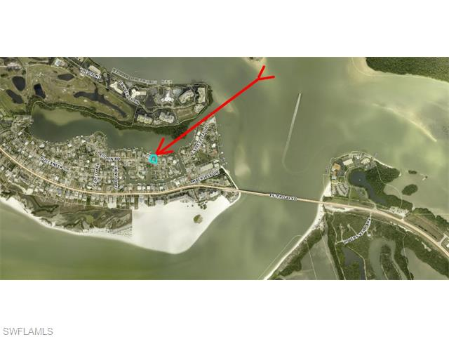8425 Lagoon Rd, Fort Myers Beach, FL