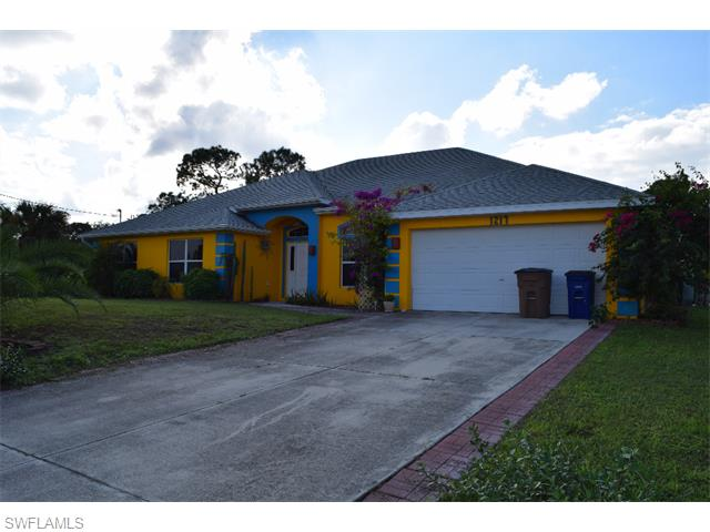 1217 Oak Ave, Lehigh Acres, FL