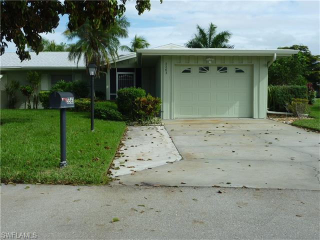 5563 Pendlewood Ln, Fort Myers, FL