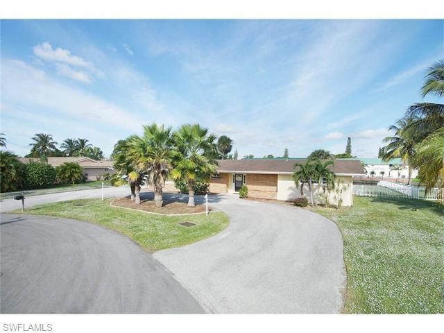 5207 Willow Ct, Cape Coral, FL
