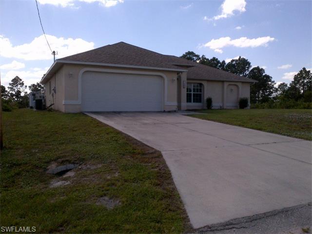 1144 Essex St E, Lehigh Acres, FL 33974