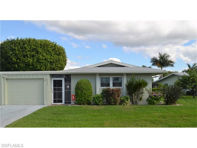 5553 Pendlewood Ln, Fort Myers, FL