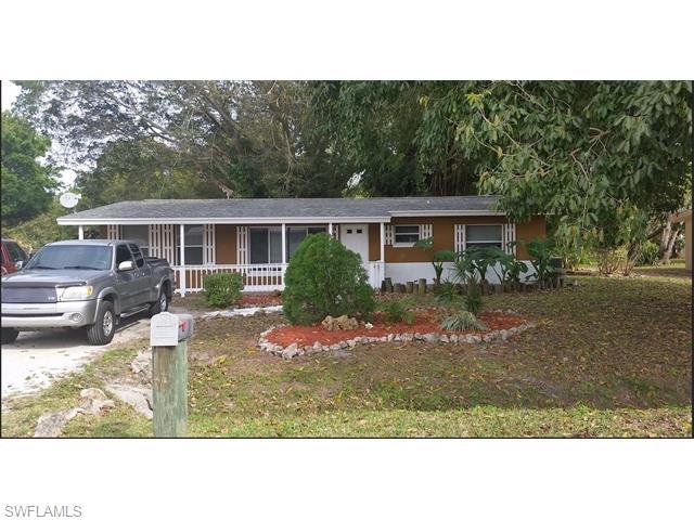 1568 Ixora Dr, North Fort Myers, FL