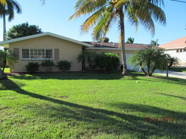 4910 SW 2nd Pl, Cape Coral, FL