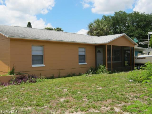112 E 3rd St, Lehigh Acres, FL