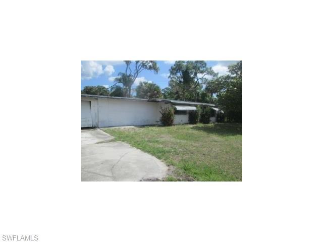 1870 Powell Dr, North Fort Myers FL 33917