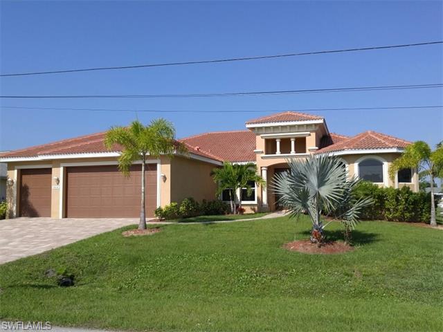 3012 SE 19th Pl, Cape Coral, FL 33904