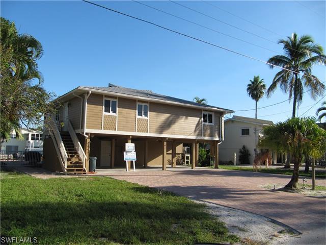 3 Pepita St, Fort Myers Beach, FL